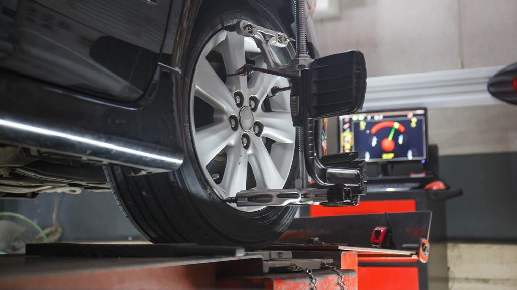 How to Straighten Steering Wheel after Alignment